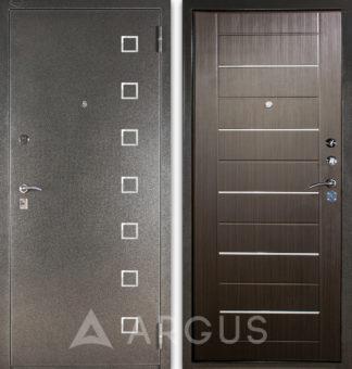 Металлическая дверь Аргус ДА-1/2 Даллас с молдингами