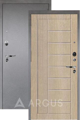 Металлическая дверь с молдингами Аргус Люкс ПРО 3К Серебро антик ФРИЗА КАПУЧИНО